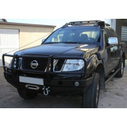 Přední pevnostní nárazník Nissan Navara D40 (05-) s bullbarem
