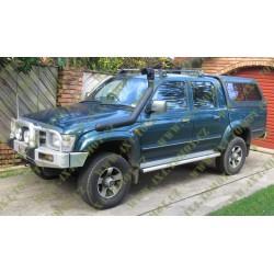 Toyota Hilux 167 97-05 Levá strana