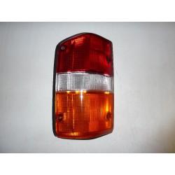 Zadní lampa sdružená Nissan Patrol GR Y60 - lévá